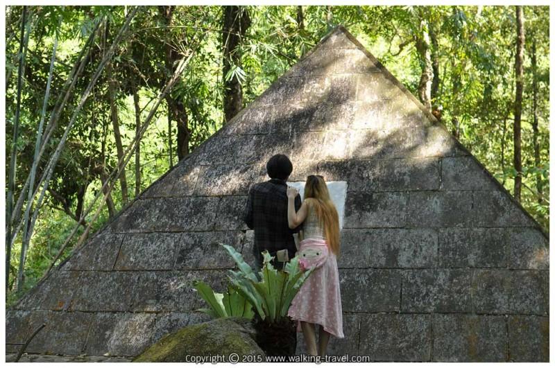 phlio_waterfall_pyramid