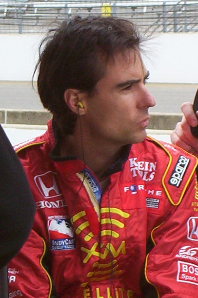 Bryan Herta at the Indianapolis Motor Speedway for the third day of qualifications for the 2004 Indianapolis 500. By Manningmbd - Own work, CC BY-SA 3.0